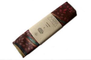 Mårdapåsen; lagom - vinrött mönstrad